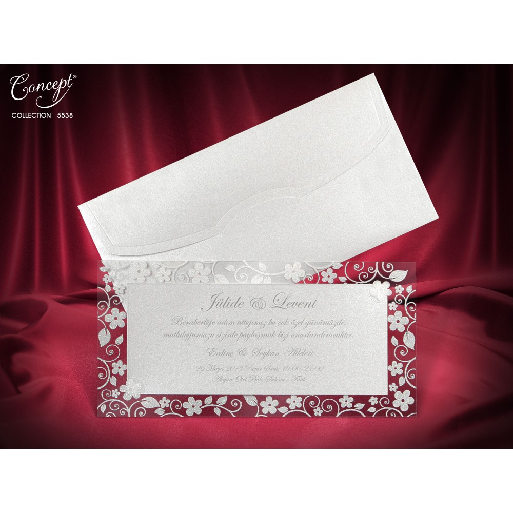 Invitatie argintie sidefat cu model floral in relief si sclipici