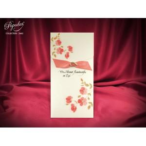 Invitatie crem decorata cu flori de cires si fundita
