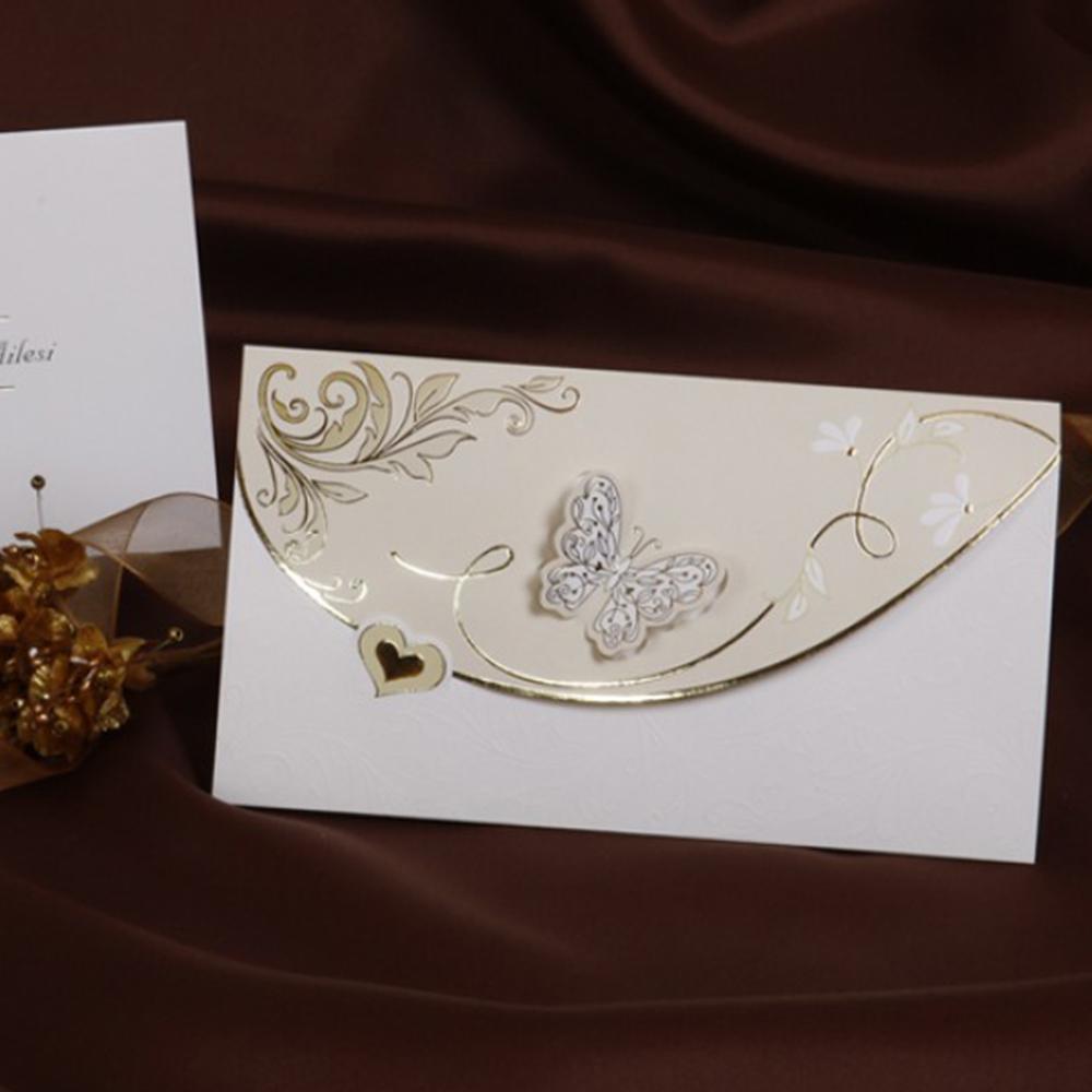 Invitatie auriu cu alb si modele lucitoare